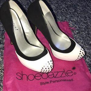Never worn ShoeDazzle Heels